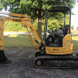 Skidloaders, Backhoes & Excavators