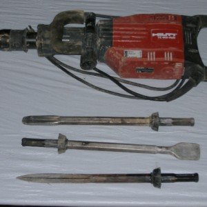 30 lb Electric Jackhammer