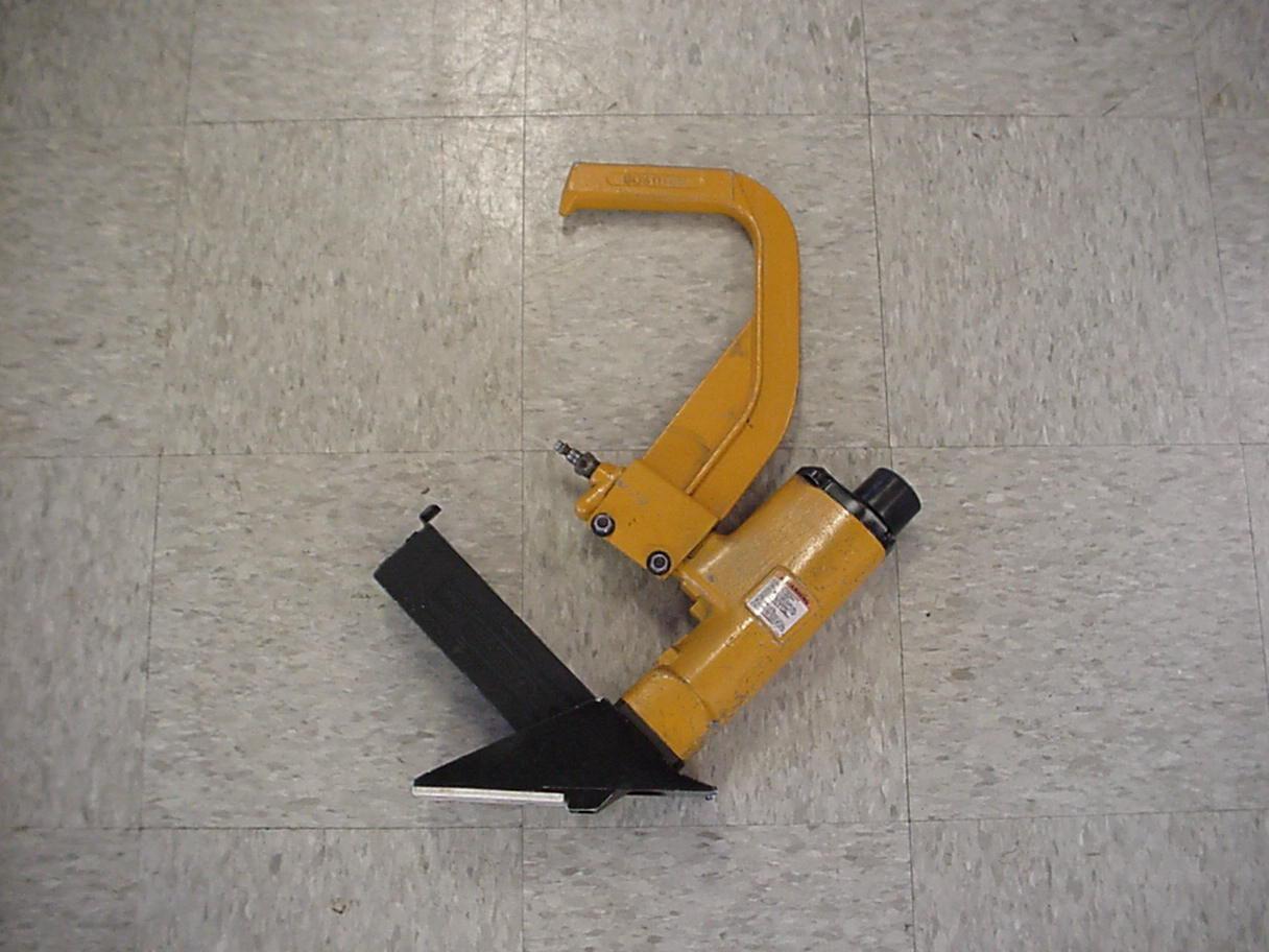 Hardwood Floor Stapler 3/4''