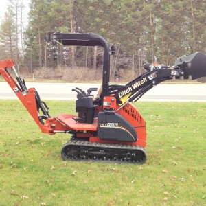 Ditch Witch Mini Excavator & Backhoe