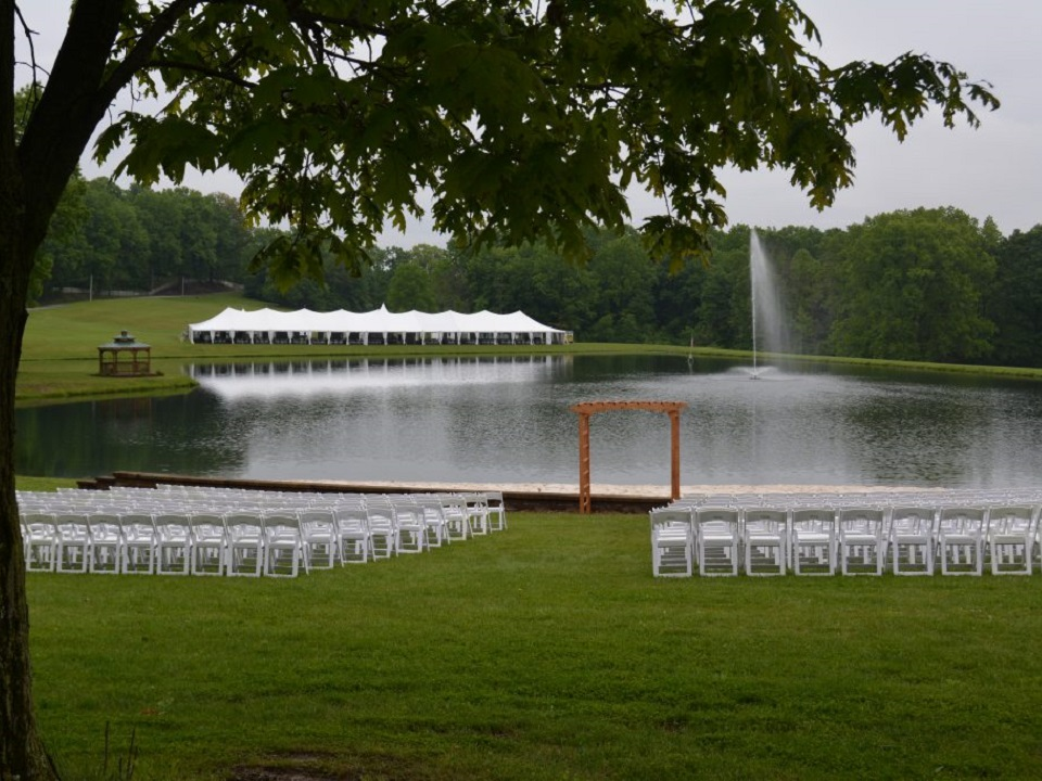 tent and chair rentals for outdoor weddings